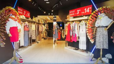 La empresa toledana Koker, inaugura la primera tienda outlet en el casco histórico de Toledo