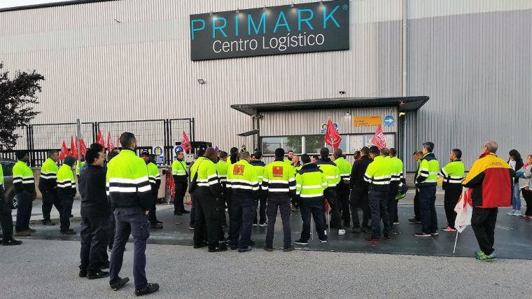 Seguimiento masivo del primer día de huelga en la Plataforma DHL-Primark de Torija (Guadalajara)