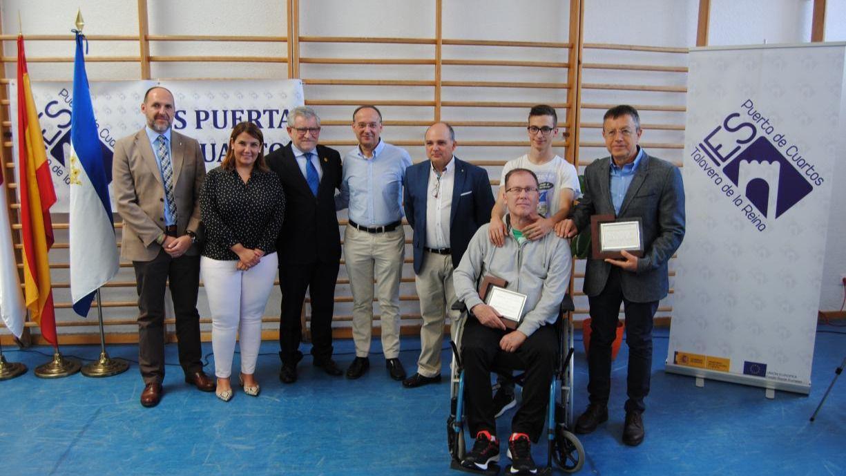 El Gobierno regional celebra con el IES \'Puerta de Cuartos\' de ...