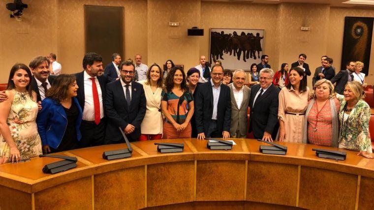 Cristina Maestre promete su cargo como la única eurodiputada castellano-manchega