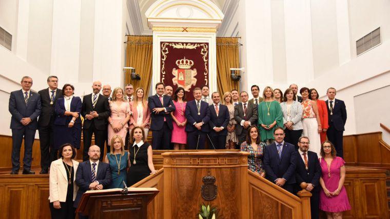 Las Cortes se constituyen sin sorpresas, con la entrada de Ciudadanos en la Mesa