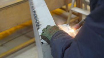 La industria manufacturera, en declive dentro del modelo económico regional