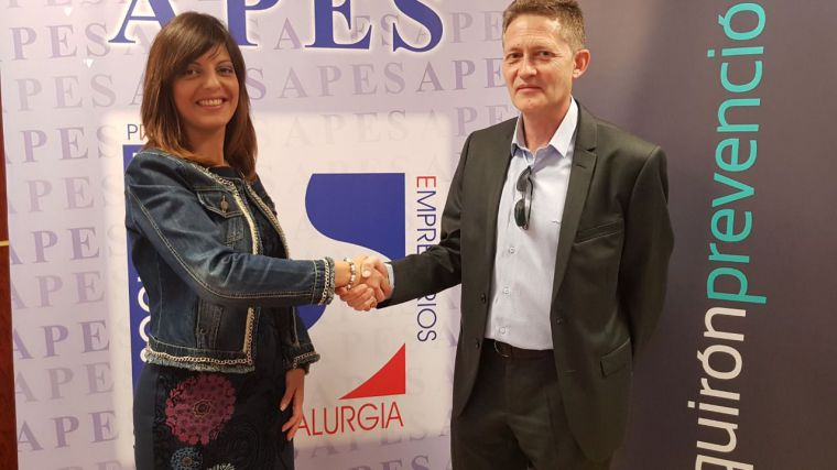 APES y Quirón Prevención firman un convenio de colaboración