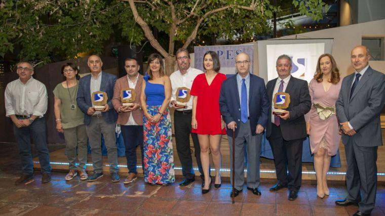 APES reconoce la trayectoria de Regalux, Talleres Nuño, Guillermo Moya y Jesús García Molina