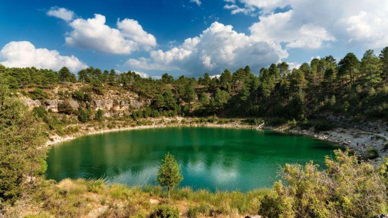 CLM capta el 50% del aumento de visitantes del turismo rural de interior y el 5% del de pernoctaciones