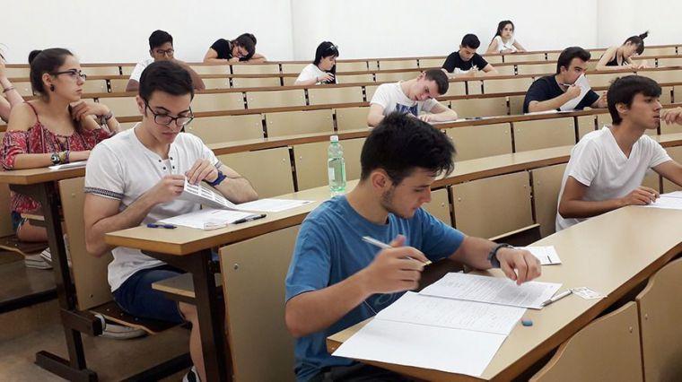 El 66,69 % de los alumnos aprueba la EvAU extraordinaria en el distrito universitario de Castilla-La Mancha