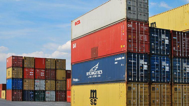 Las exportaciones caen en junio un 10,4% y dan el primer aviso de debilitamiento de la economía regional