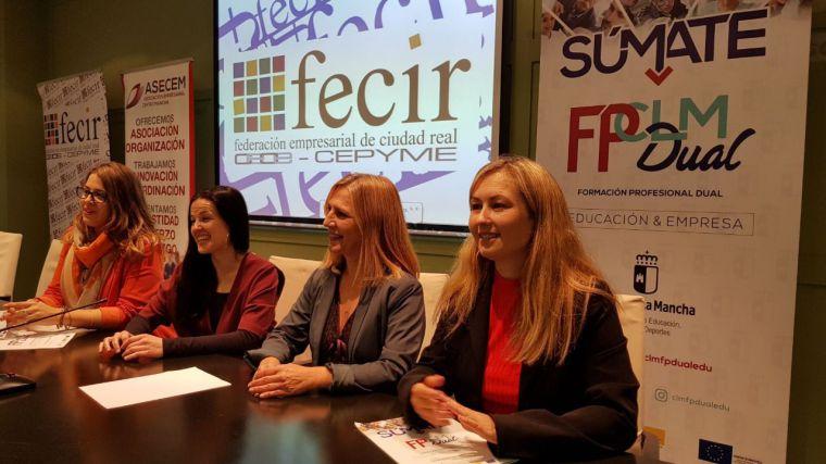 """FECIR presenta """"Súmate a la FP Dual CLM"""" en la sede de ASECEM en Álcazar de San Juan"""