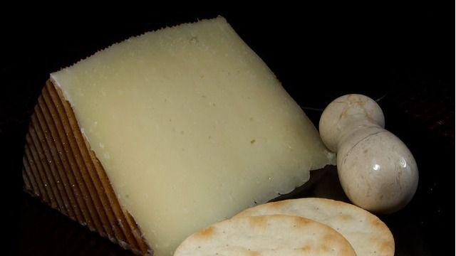 Castilla-La Mancha ve peligrar exportaciones por valor de 80 millones a USA por los aranceles al queso, vino y aceite