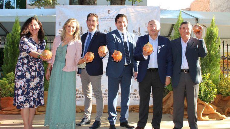 La Feria de la Cebolla abre sus puertas reclamando agua y mejores precios