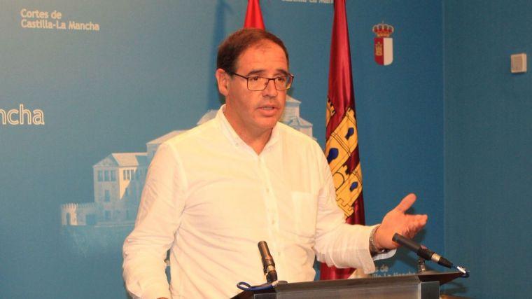Prieto (PP) aboga por una regularización de la normativa existente para frenar la despoblación y favorecer el emprendimiento en el mundo rural
