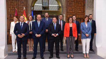 La estabilidad regional y la desaceleración económica acompañan al gobierno en sus primeros 100 días
