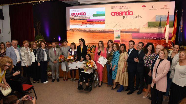 Bellido destaca la importancia de que Castilla-La Mancha vaya a ser pionera en contar con una ley de apoyo a las mujeres rurales
