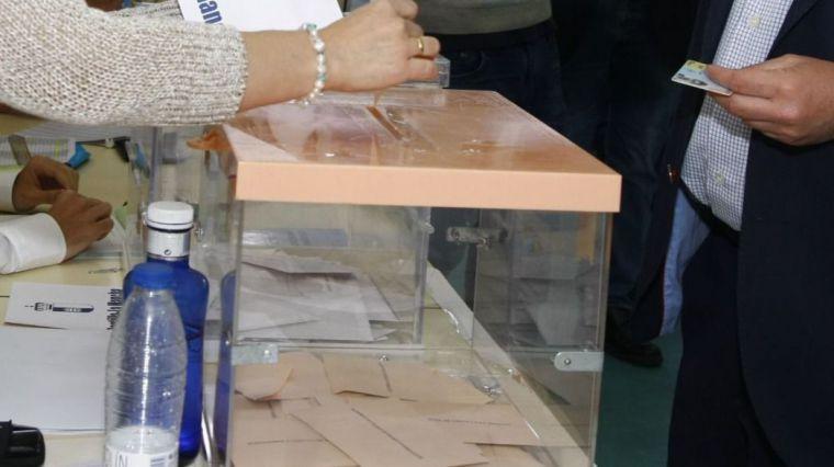 Encuesta CIS 10-N: El PSOE gana en la región con al menos 10 de los 21 diputados en juego