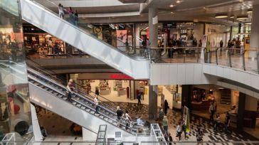"""Los comerciantes esperan que este año el """"viernes negro"""" sí tire con fuerza de las ventas"""