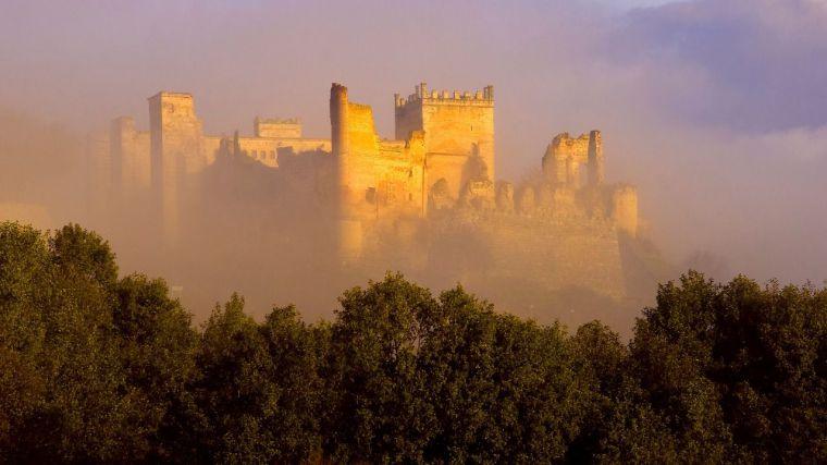 Instantáneas de los castillos de Santo Domingo, Escalona y Malpica ganan en concurso de fotografía de la Diputación