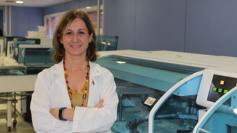 Una facultativa del Hospital de Toledo, premiada por la Asociación de Análisis Clínicos por un trabajo sobre la influencia de los ritmos biológicos en la función renal
