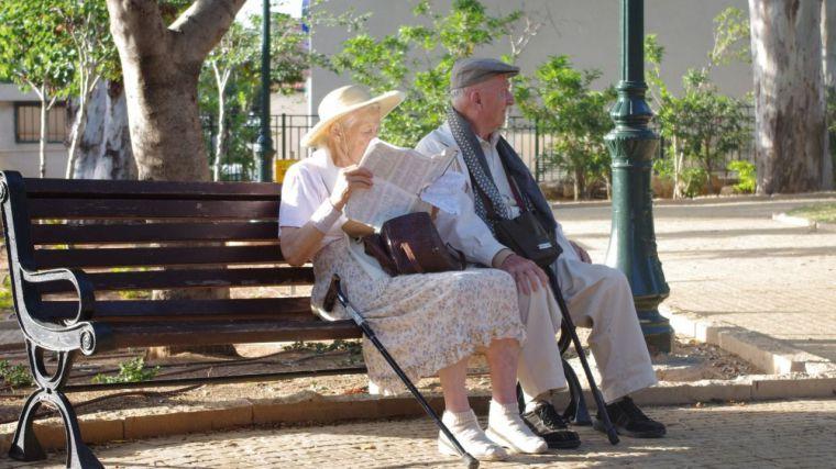 La pensión media en CLM sube un 3,8% en el último año y se sitúa en 918,73 euros