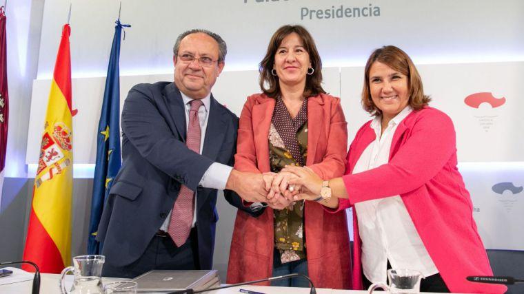 El Gobierno regional y la FEMPCLM se unen para constituir a través de la formación una red ciudadana contra la violencia de género en las entidades locales