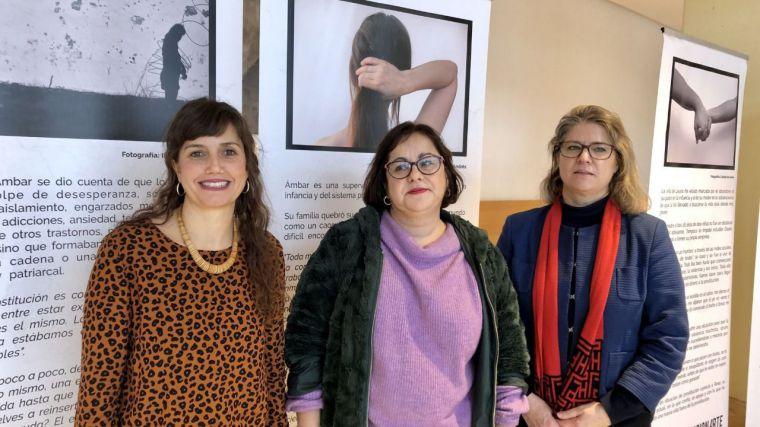 La UCLM acoge en Ciudad Real una exposición de Médicos del Mundo que presenta la prostitución como una forma de violencia de género