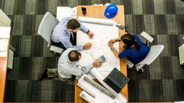 Fuerte impulso de la creación de empresas en octubre que suaviza el deterioro de los nueve primeros meses