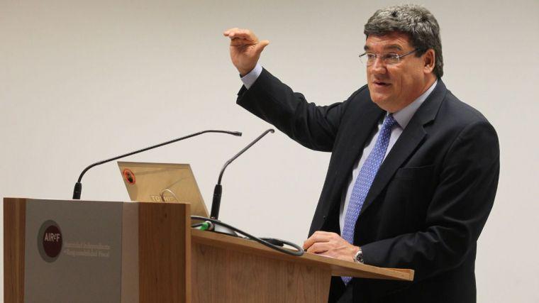 CLM pierde una ministra pero gana un aliado en el nuevo gobierno de España