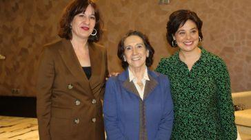 La portavoz Blanca Fernández pide a Paco Núñez moderación y dejar a un lado los insultos
