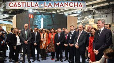 De la subida de sueldo de los funcionarios, la bajada de impuestos del PP, el tercer sector, Fitur y la entrevista de Sánchez
