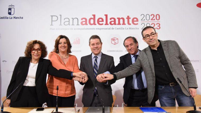 El Gobierno de Castilla-La Mancha y los agentes sociales firman el Plan Adelante 2020-2023 dotado con más de 282 millones de euros