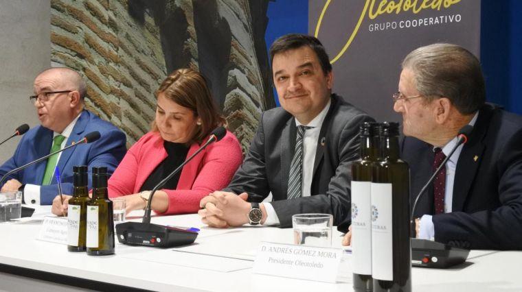 Castilla-La Mancha presenta en Talavera el primer canal corto de comercialización de la región, de aceite, impulsado por el Gobierno regional