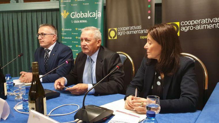 Globalcaja apoya al sector vitivinícola en la Jornada de Cooperativas Agro-Alimentarias de España sobre la reforma de la PAC en el sector