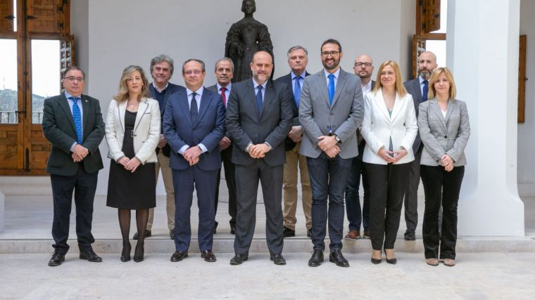 El Gobierno regional acuerda con los grupos parlamentarios la redacción de un nuevo Estatuto de Autonomía en Castilla-La Mancha