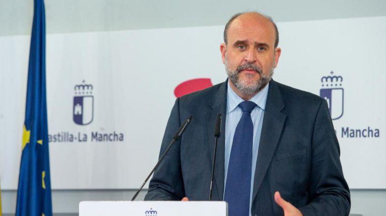 El Gobierno regional y los grupos parlamentarios acuerdan que las Cortes de Castilla-La Mancha puedan realizar cambios normativos de forma urgente