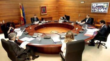 El gobierno central retrasó hasta el filo de la media noche la publicación del decreto de la paralización de la actividad económica