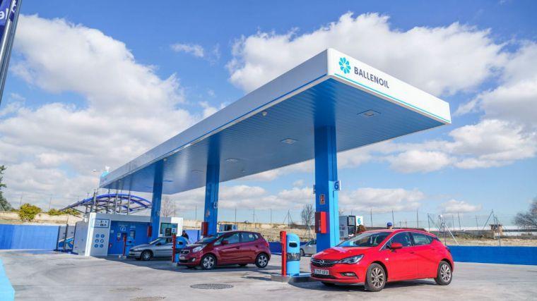 Ballenoil mantendrá sus estaciones abiertas para asegurar el suministro de combustible a los castellanomanchegos