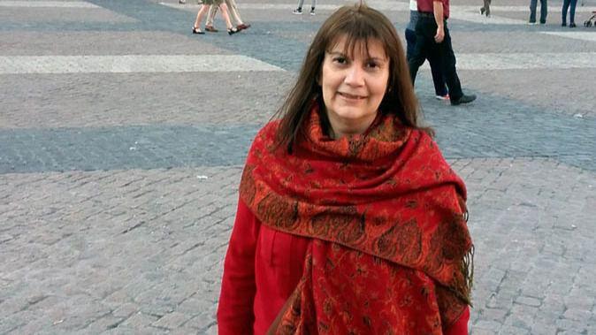 La escritora argentina Liliana Bellone gana el premio literario de la Facultad de Letras con una obra emparentada con la tradición borgiana