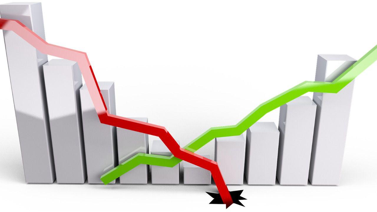La economía española se hunde un 5,2%, la mayor caída histórica en los 50 años que hay datos