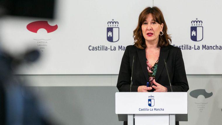 El Ministerio acelerará la transferencia a las Autonomías de los fondos contra la violencia de género, tal y como propuso CLM