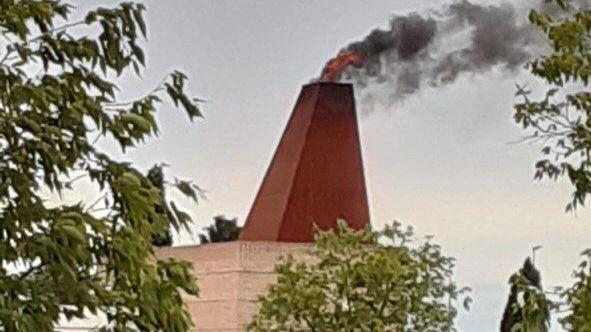 Cs Illescas alerta de llamaradas y olores fuertes procedentes del crematorio y pide la intervención de las autoridades sanitarias