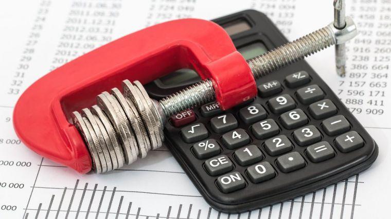 El gobierno central ya gasta más en pagar deuda que en costear los servicios públicos