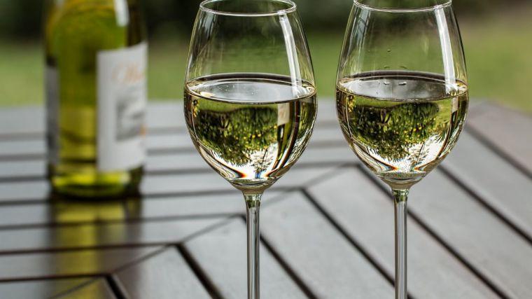 Las regiones vitivinícolas europeas, entre ellas CLM, piden un presupuesto extraordinario para la recuperación urgente del mercado