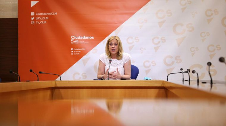 Cs critican que Ministerio y Consejería se pasen la pelota sobre el nuevo curso escolar