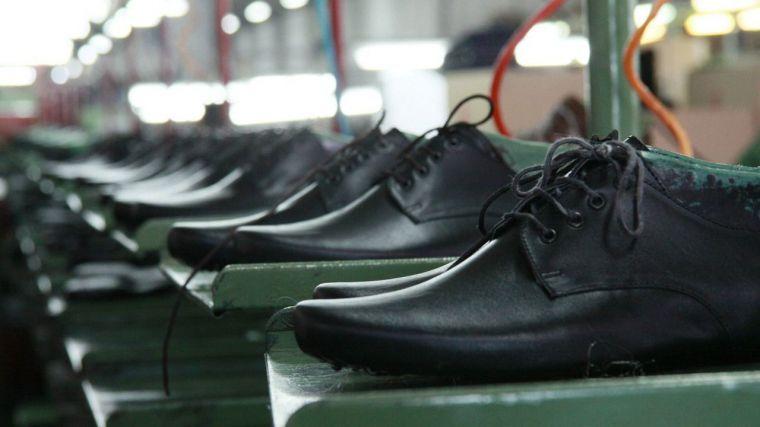 La industria regional del calzado se contrae tras una década de crecimiento