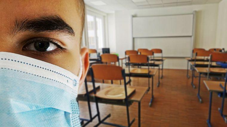 Partidos y gobierno regional, a favor de extremar las medidas de seguridad para el inicio del curso escolar