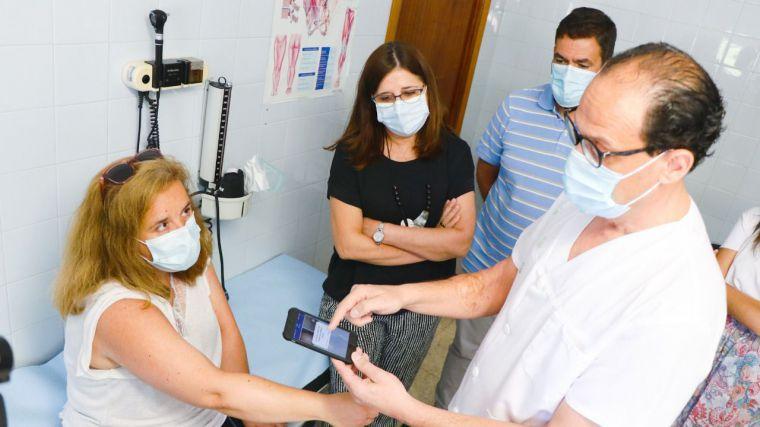 El SESCAM culmina la implantación del primer programa integral de teledermatología en España