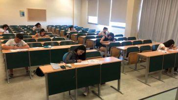 El 93,81 % de los estudiantes aprueba la EvAU en el distrito universitario de Castilla-La Mancha