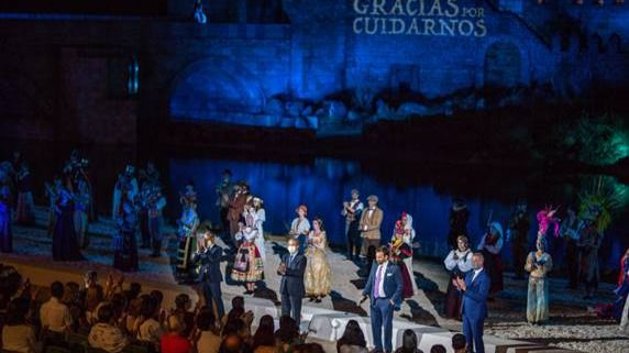 Puy du Fou España reabre sus puertas con una primera función dedicada a los sanitarios