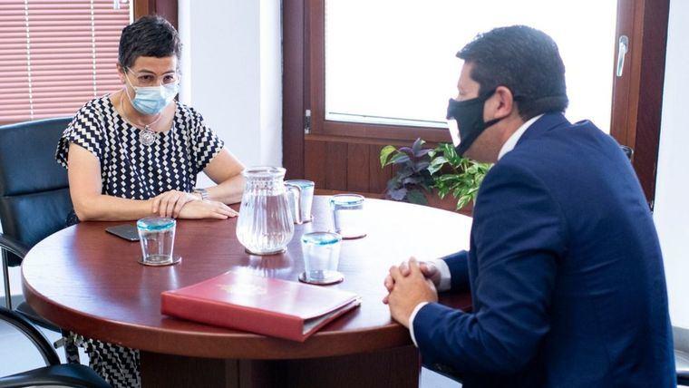 Un momento de la reunión de la ministra de Exteriores con Fabián Picardo.