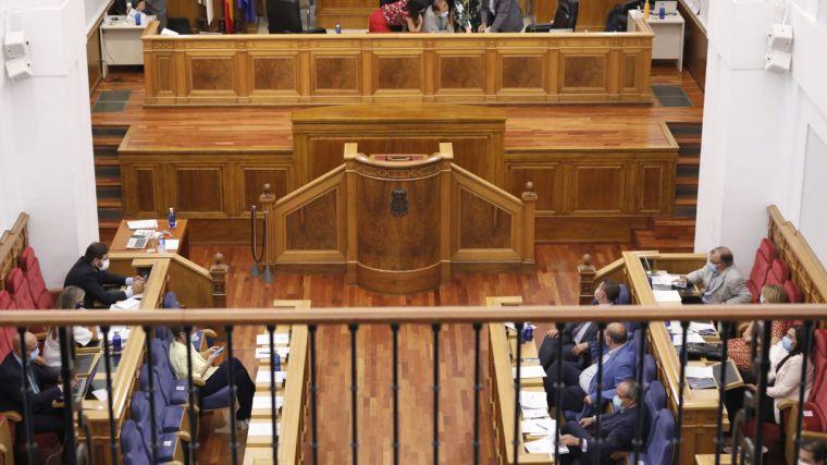 Aprobada la modificación de la Ley de creación de colegios profesionales
