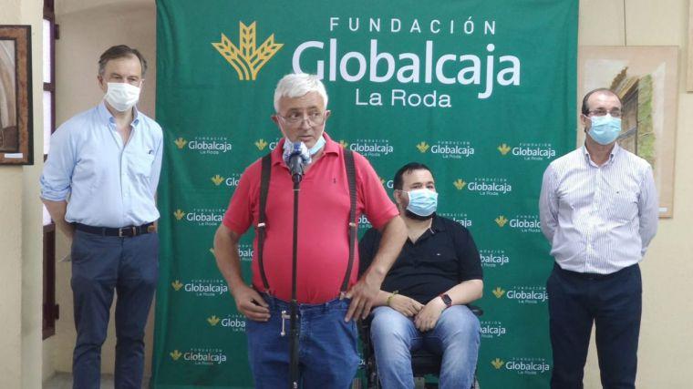 La Fundación Globalcaja La Roda colabora con la exposición de pintura y estructuras